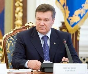 Съезд педагогов должен быть проведен в начале учебного года, - Янукович