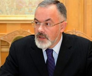 """Министр Табачник оценивает вступительную кампанию как """"прекрасную"""""""