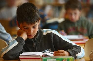 Школьные программы не соответствуют возрасту детей, - эксперты