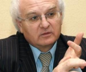 Иван Вакарчук вернулся на работу во Львовский университет