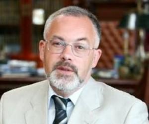 Парламент Крыма: Табачник первый профессиональный министр образования