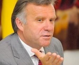 Станислав Николаенко: Министр должен навести элементарный порядок в образовании