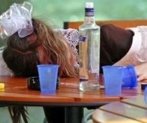 Рада отказалась ввести уголовную ответственность за продажу алкоголя детям