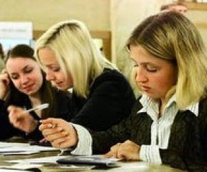 Одинадцатиклассники сдали школьные экзамены