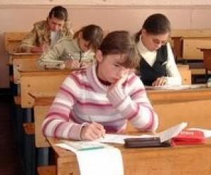 Первый тест по украинскому языку пропустили почти 19 тысяч абитуриентов