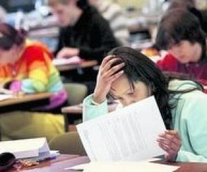 Около 55 тысяч абитуриентов не прошли тестирование по украинскому языку и литературе
