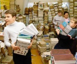 Школа-2010: три месяца без учебников