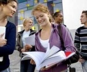В бюджете предусмотрят средства для стажировок студентов и преподавателей за рубежом