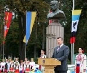Только образованные люди способны модернизировать страну, - В.Янукович