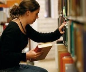 Десятиклассники остались без учебников – даже электронных