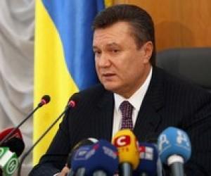 Янукович обещает учителям специальную премию