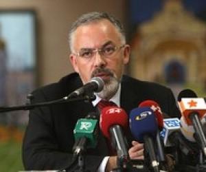 Почему мы должны платить из государственной казны из-за разгильдяя, - Д.Табачник