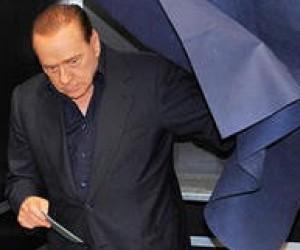 Берлускони стал объектом резкой критики из-за реформы системы образования