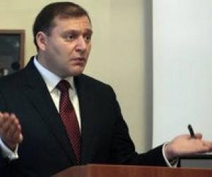 """Добкин признался, что в Партию регионов """"принудительно загоняли учителей"""""""